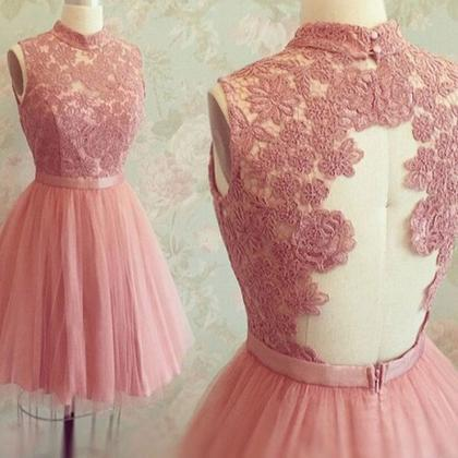 Graceful Open Back High Neck Lace A..