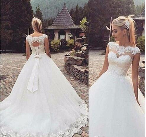 Glamorous Country Lace-Up Back Capped Sleeves Bow Ball Gown Plus Size Wedding Dresses Long Boho Bridal Gowns
