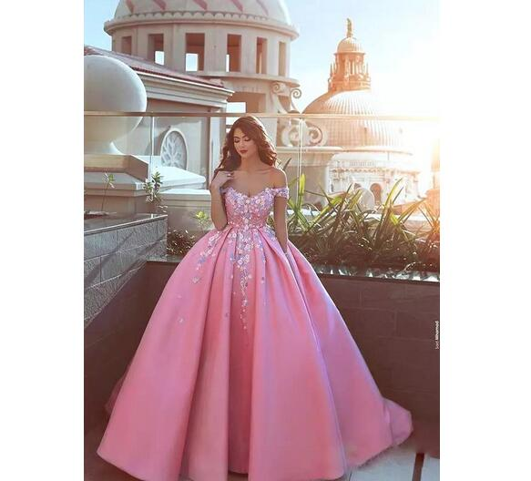 Custom Ball Gown Prom Dresses with Floral Appliques Off Shoulder Sweep Train Satin Formal Evening Party Gowns
