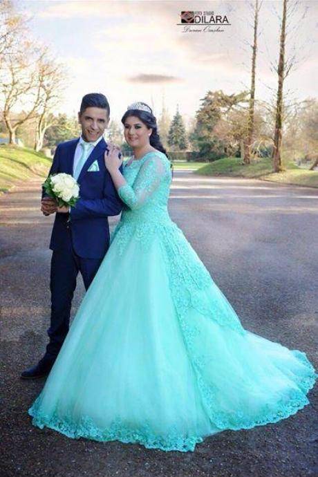 Long Sleeves Applique Beaded Sheer Neck Ball Gown Tulle Sweep Train Wedding Dresses Mint Colorful Wedding Dress