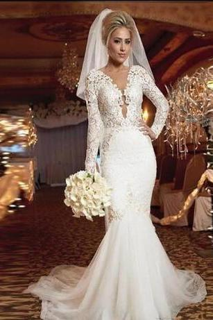 Stunning White Plus Size Wedding Dresses 2018 Long Sleeve V-neck Ruffles Mermaid Trumpet Backless Tulle Cheap Bridal Gowns