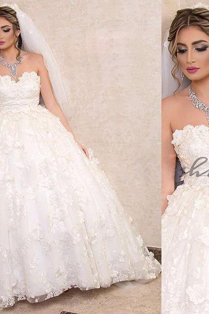 Gorgeous Sleeveless Sweet Neck Wedding Dresses Lace with Sash 3D-flowers Puffy Ball Gown Bride Dresses Western Country Robe De Mariee