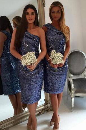 Modest one shoulder sequined maid of honor dress knee length short bridesmaid dresses sleeveless party gowns
