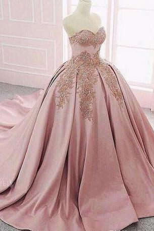 Sweetheart With Gold Lace Appliques Ball Gown Prom Dresses Beaded Formal Special Occasion Party Gowns 2018 Customized Formal Wear