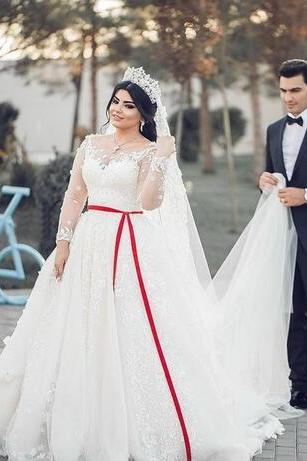 Middle East Plus Size Wedding Dresses Scoop A Line Long Sleeves Full Lace Applique Gorgeous Bridal Wedding Gowns For Church