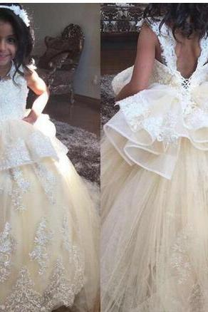 2018 Champagne Lace Flower Girls Dresses For Bohemian Wedding Sexy Open Back Princess Ball Gowns Little Kids christening Communion Dress