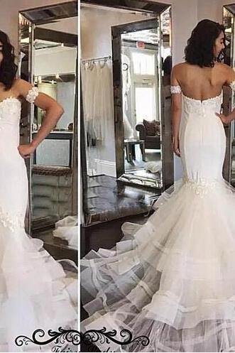 2018 White Tulle Long Tiered Mermaid Wedding Dresses Sexy Sweetheart Neck Backless Appliques Bridal Dress For Women Vestido De Noiva