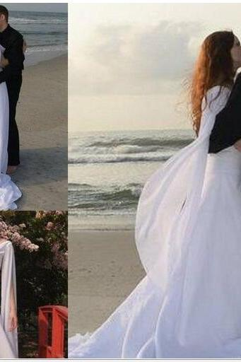 Retro Celtic Wedding Dresses with Long Sleeves Angel Wings Flowing Chiffon Sweep Train Lace-up Beach Bridal Gowns Modest Sheath Wedding Gown