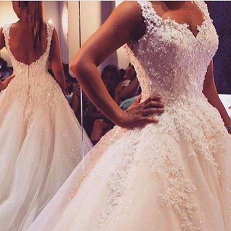 2018 Latest Luxury Pearl Lace Applique Romantic A line Wedding Dresses Gowns Sweep Train Sweetheart Strap Neck Sexy Backless Bridal Dresses