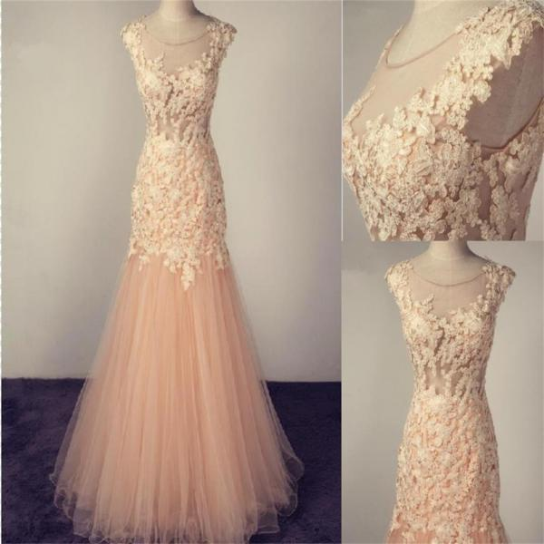 Scoop Prom Dress,Tulle Prom Dress With Lace Appliques,Charming Prom Dress ,Popular Bridesmaid Dresses,Pretty Prom Dresses ,Evening Dresses,Long Prom Dress